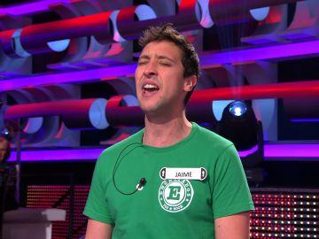 Dani Martín se 'cuela' en el plató de '¡Ahora caigo!': un concursante le imita cantando 'Peter Pan'