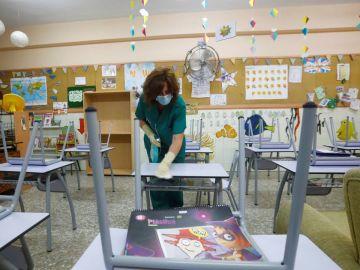 Limpieza en un colegio