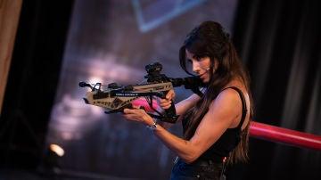 """Pilar Rubio, más guerrera y rompedora que nunca al frente de una ballesta: """"Me he sacado la licencia de armas"""""""
