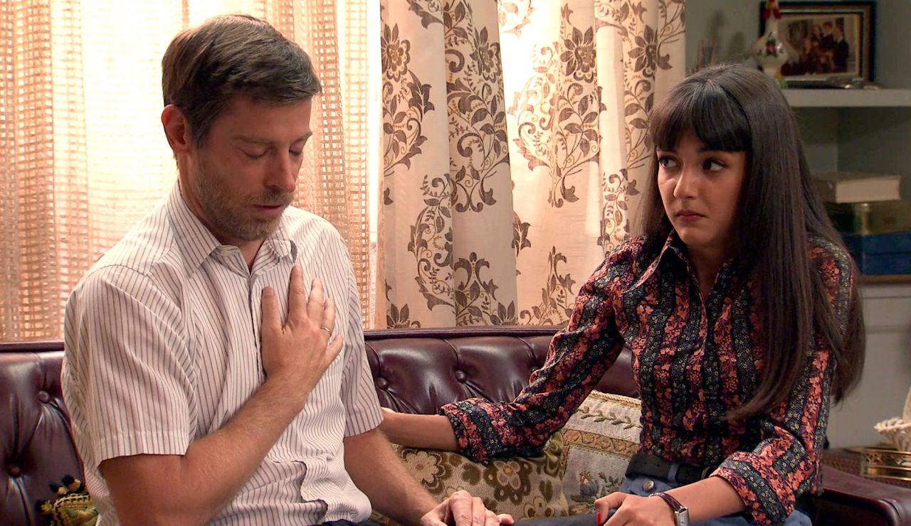 Marcelino, tremendamente disgustado le exige a Marisol que termine con su aventura amorosa