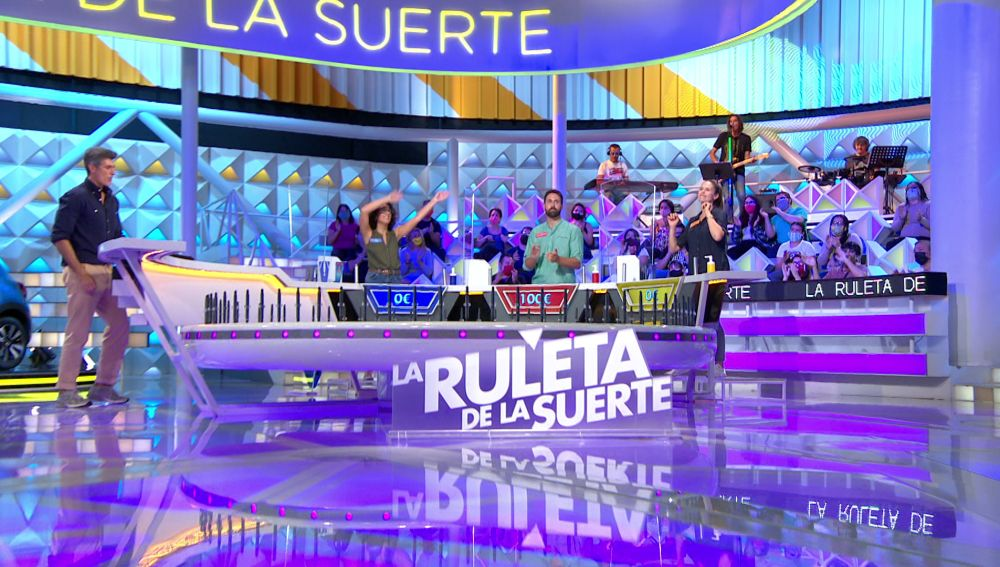 "Un emocionante tema de Antonio Orozco revoluciona 'La ruleta de la suerte': ""¡Qué temazo!"""