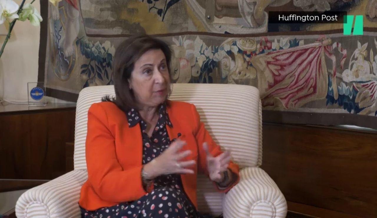 A la ministra de Defensa, Margarita Robles, no le gusta que el rey Juan Carlos esté en Emiratos Árabes