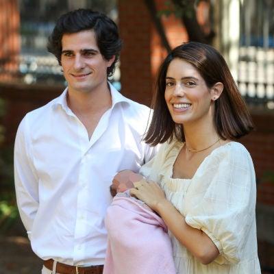 Fernando Fitz-James Stuart y Sofía Palazuelo presentan a su hija Rosario