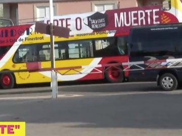 Autobús 'ERTE o muerte' de Benidorm