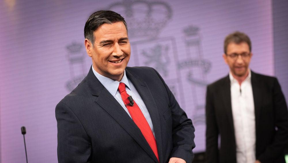 """'Pedro Sánchez' sorprende con 'Tinder' en 'El Hormiguero 3.0': """"Hay que buscar votos donde sea"""""""