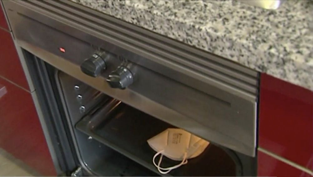 Mascarilla en el horno