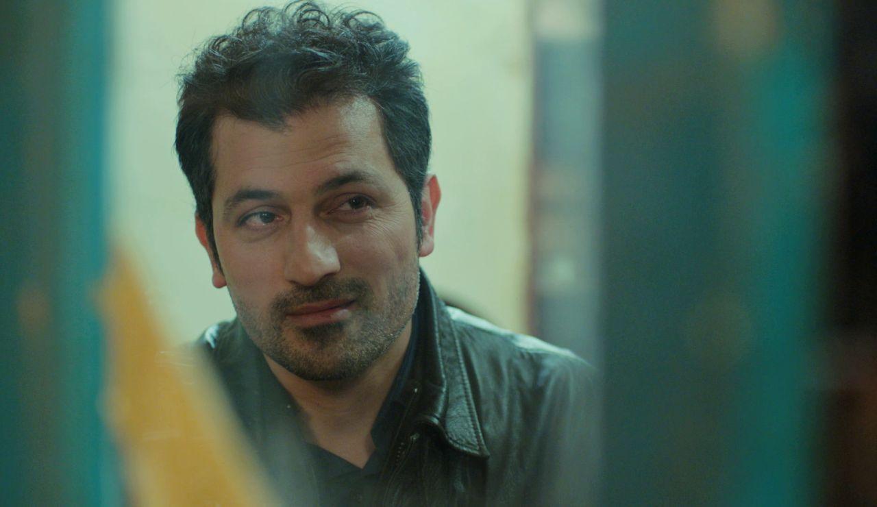 """Bahar empieza a abrir su corazón a Arif: """"A lo mejor yo tampoco soporto verte llorar"""""""