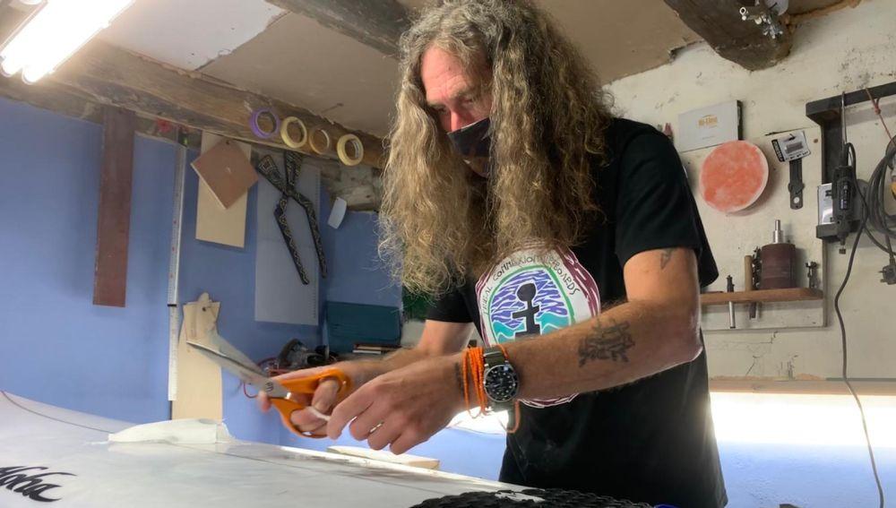 Rory Williams, un zimbabuense amante del surf en Galicia