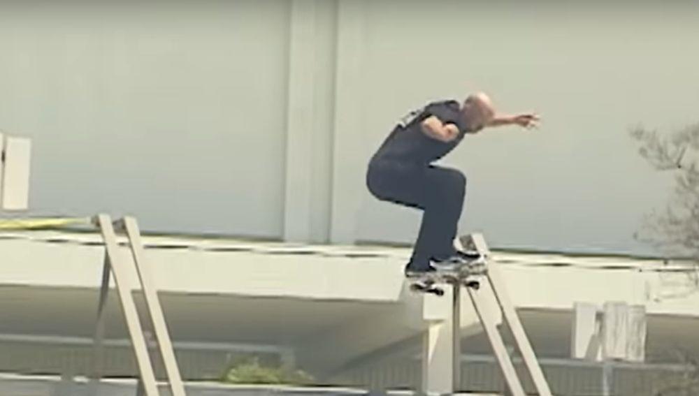 El skater Dane Burman se la juega en su nuevo vídeo 'Espero morir'