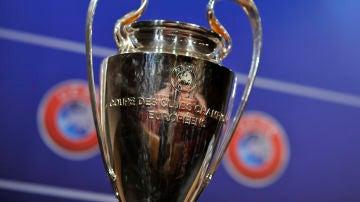 Los bombos del sorteo de octavos de Champions League hoy con Real Madrid, Barcelona, Atlético y Sevilla