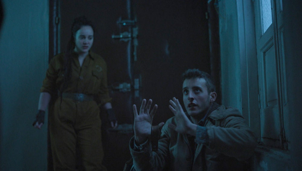 """El primer contacto de Álex con la Resistencia: """"Si quiere morir, callará como un gilipollas"""""""