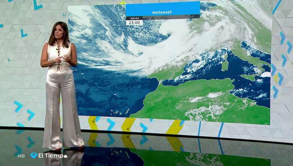 La llegada de un frente asociado a la borrasca Álex dejará lluvias y viento fuerte en la Península
