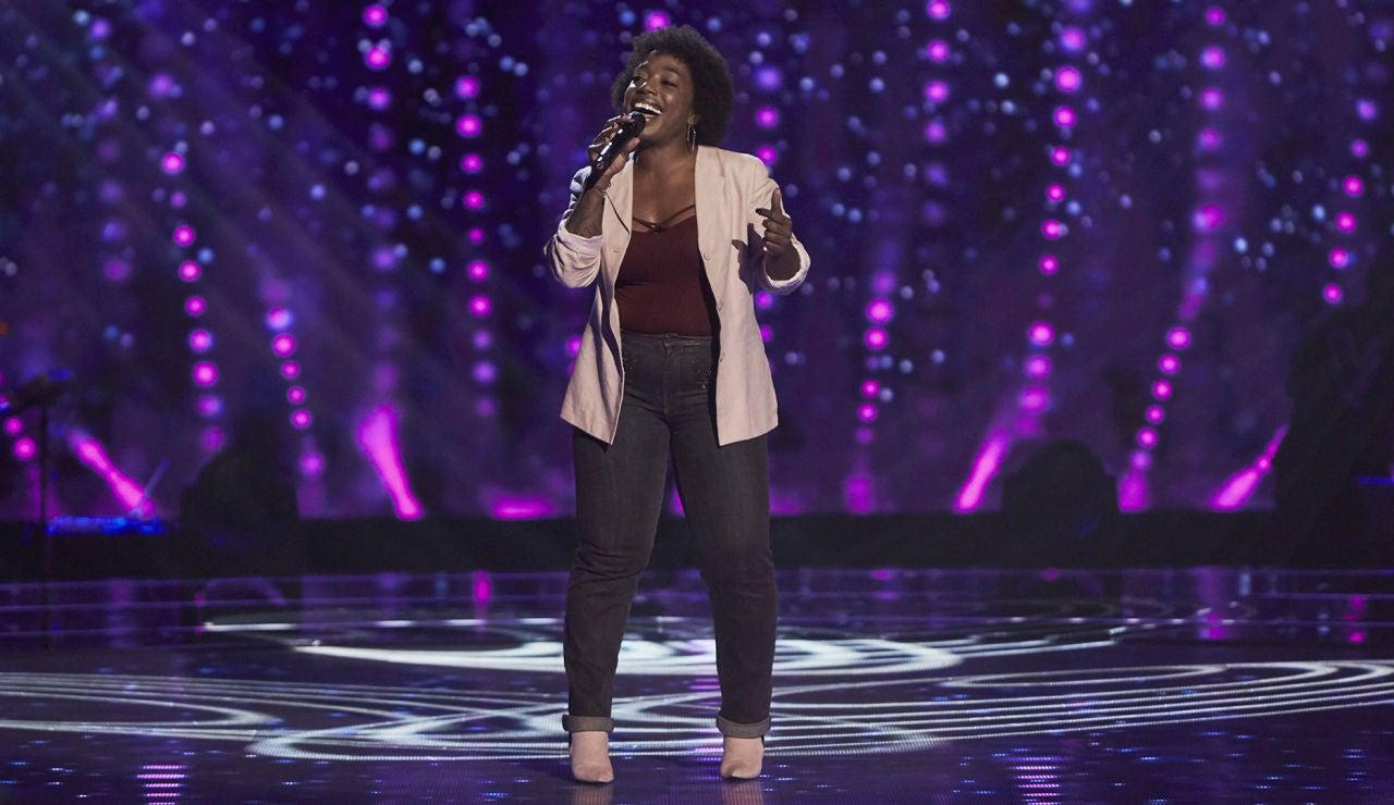 Yaneisy Martínez, un terremoto en el escenario cantando 'Who's lovin you' en las Audiciones a ciegas de 'La Voz'