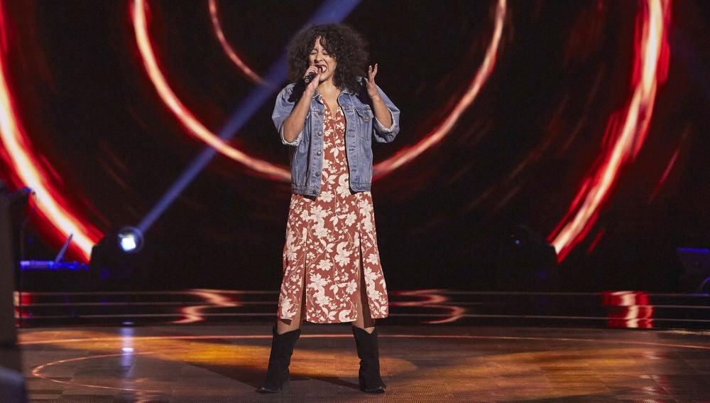 Carla Sánchez, potencia y rabia con 'Black Velvet' en las Audiciones a ciegas de 'La Voz'