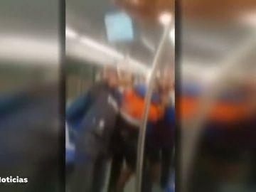 Multitudinaria pelea en el Metro de Barcelona porque un joven no llevaba mascarilla contra el coronavirus