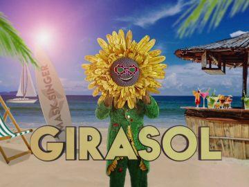 ¿Qué personaje famoso se esconde detrás de la máscara del Girasol?