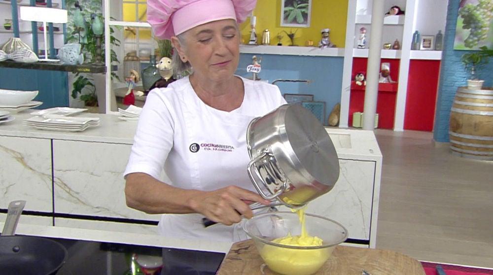 Eva Arguiñano elabora una crema pastelera
