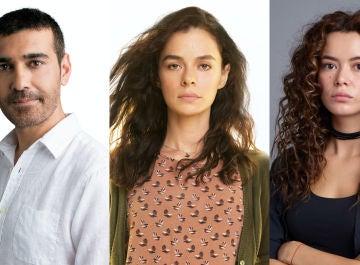 Caner Cindoruk, Özge Özpirinçci y Seray Kaya son Sarp, Bahar y Sirin en 'Mujer'