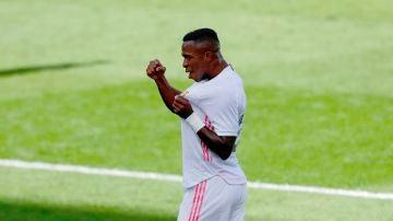 Vinicius celebra el gol ante el Levante