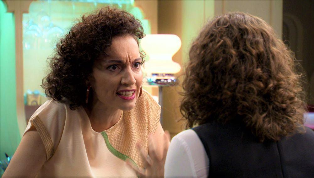 Virginia sorprende a Estefanía sacando su lado más temperamental