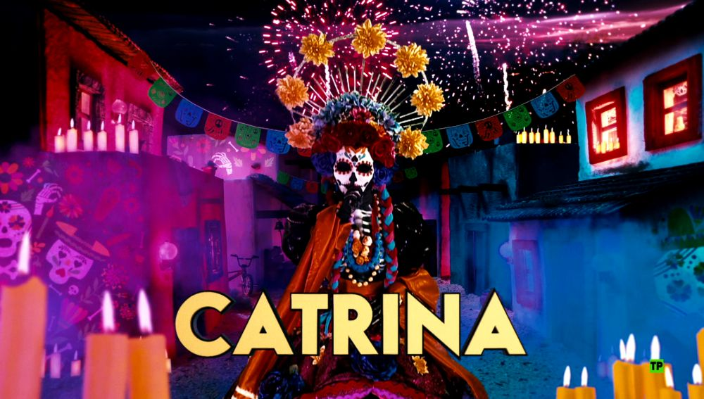 ¿Qué personaje famoso se esconde detrás de la máscara de Catrina?