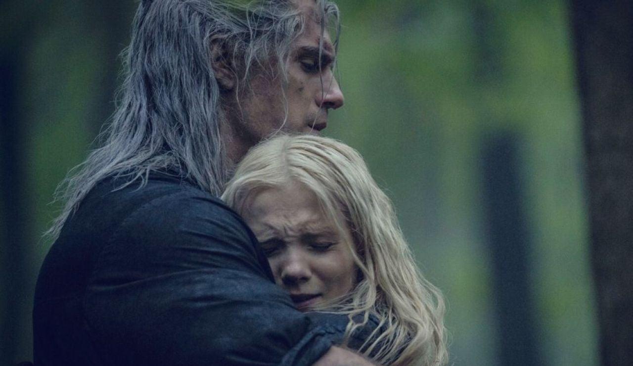 Henry Cavill y Freya Allan como Geralt y Ciri en 'The Witcher'
