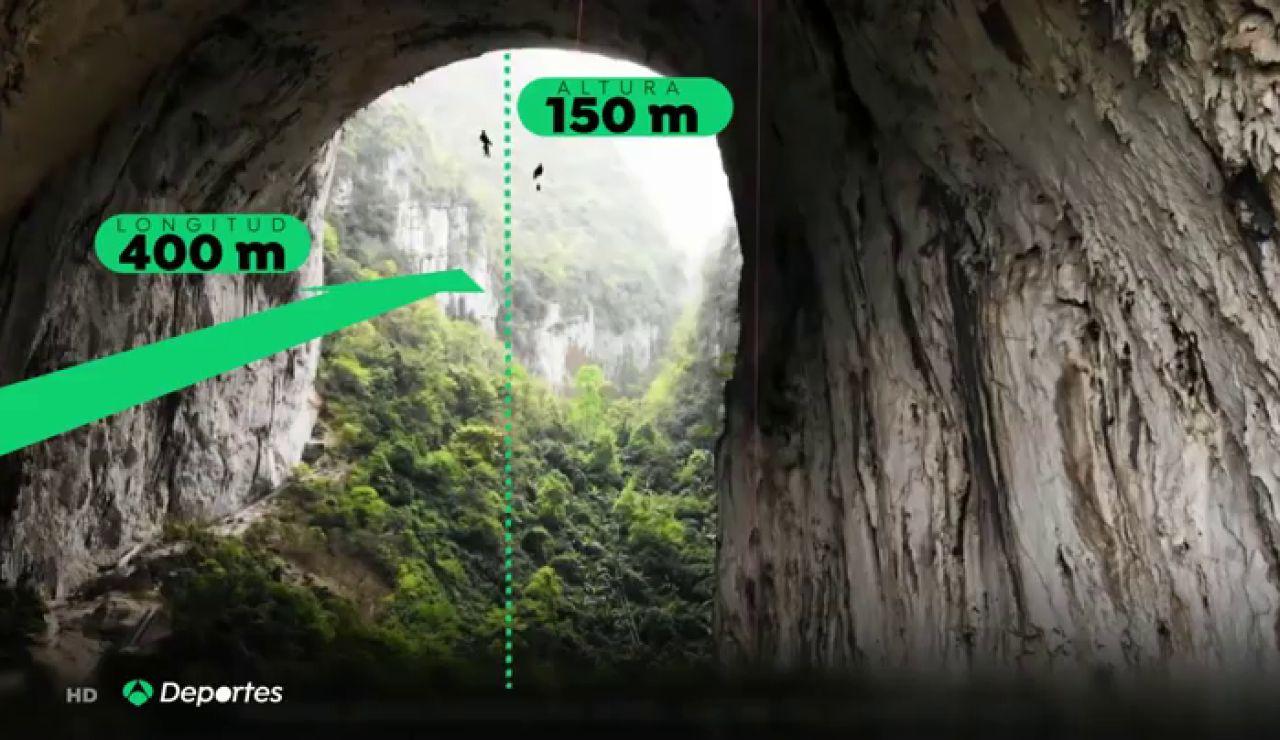 El escalador Edu Marín y su vía Valhalla en el arco de Getu, el techo más grande del mundo