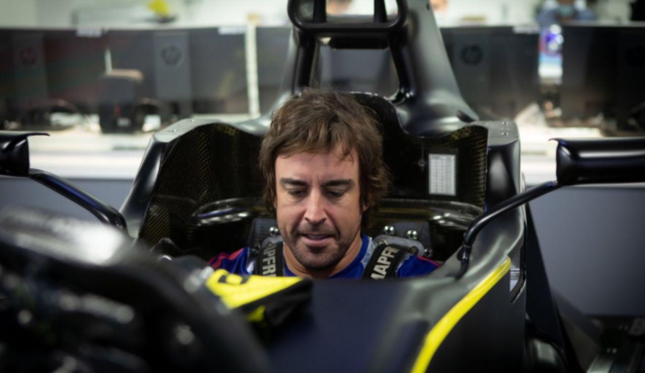 Fernando Alonso probando un monoplaza