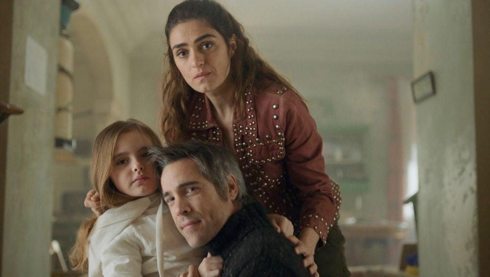 Marta regresa junto a su familia en un encuentro marcado por la presencia de Alma
