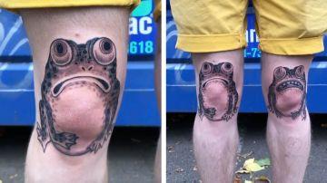 Tatuajes de ranas en las rodillas