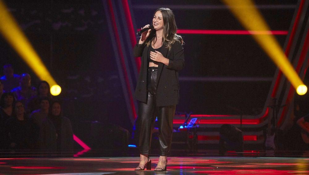 Thania Hill ritmo y mucho arte cantando 'Lágrimas negras' en las Audiciones a ciegas de 'La Voz'