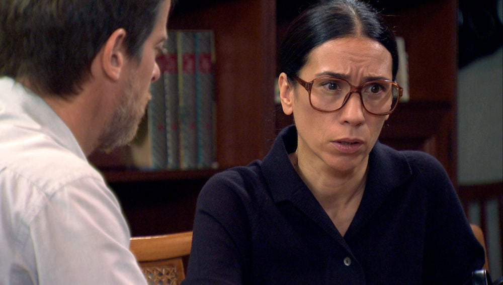 Marcelino y Manolita empiezan su propia investigación sobre la muerte de Marisol