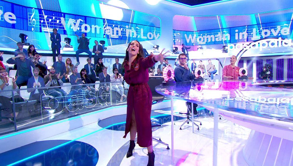 """Ruth Lorenzo aprovecha el error de Xenia Tostado en 'La Pista' para cantar 'Woman in love': """"Era tuya, tú me las has chivado"""""""