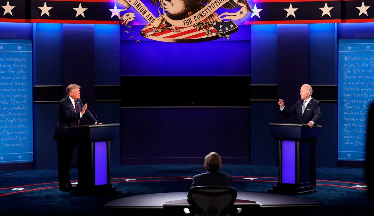 Donald Trump y Joe Biden en un debate electoral