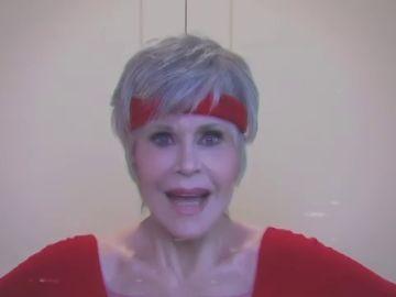 La actriz Jane Fonda se enfunda las mallas a los 82 años para pedir el voto en Estados Unidos