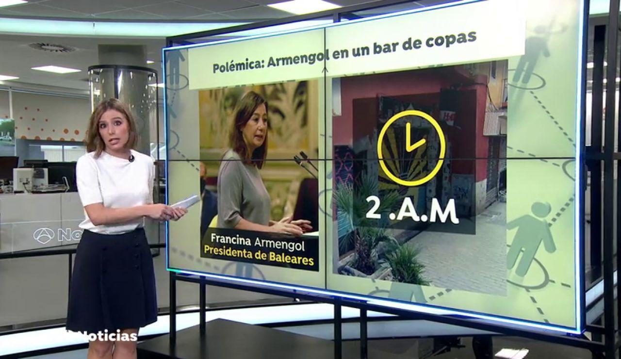 Piden la dimisión de la presidenta de Baleares por estar en un bar de madrugada a pesar de las restricciones por el coronavirus