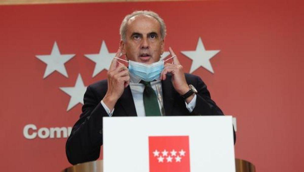 Enrique Escudero en rueda de prensa