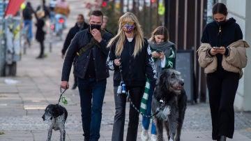 El impresionante tamaño del perro de Heidi Klum