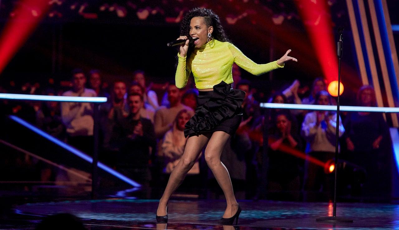 Daniela Pobega canta 'If I were a boy' en los Asaltos de 'La Voz'