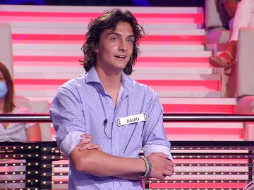 ¡Insólito! El motivo por el que Arturo Valls le desea a un concursante que no gane en '¡Ahora caigo!'