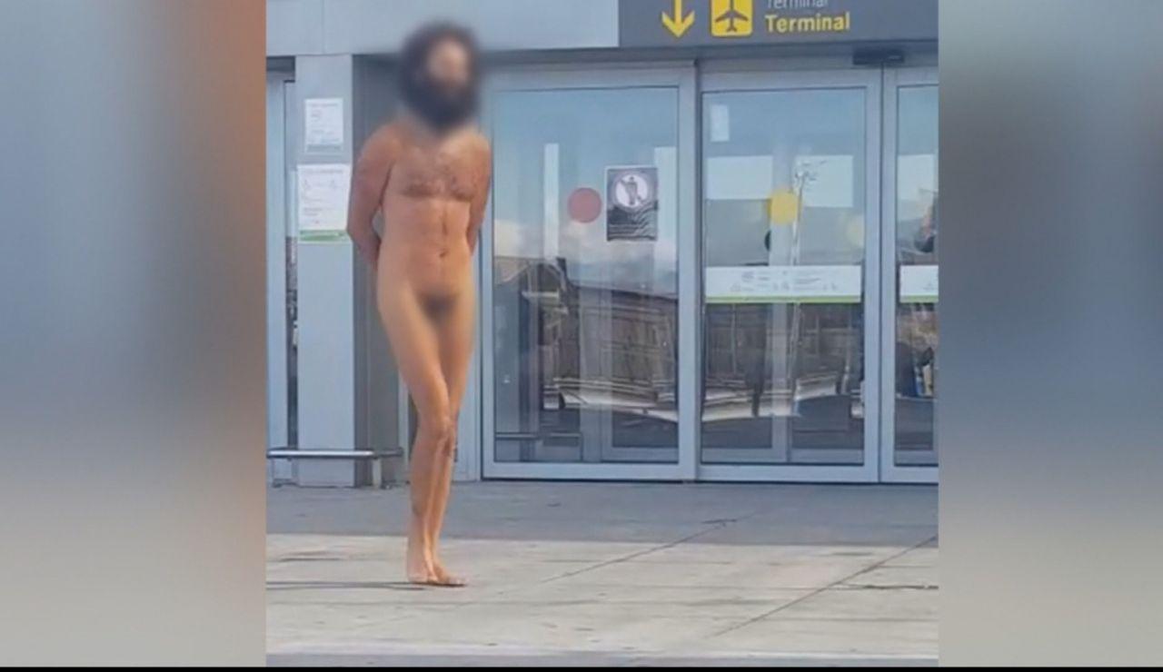 Hombre desnudo.