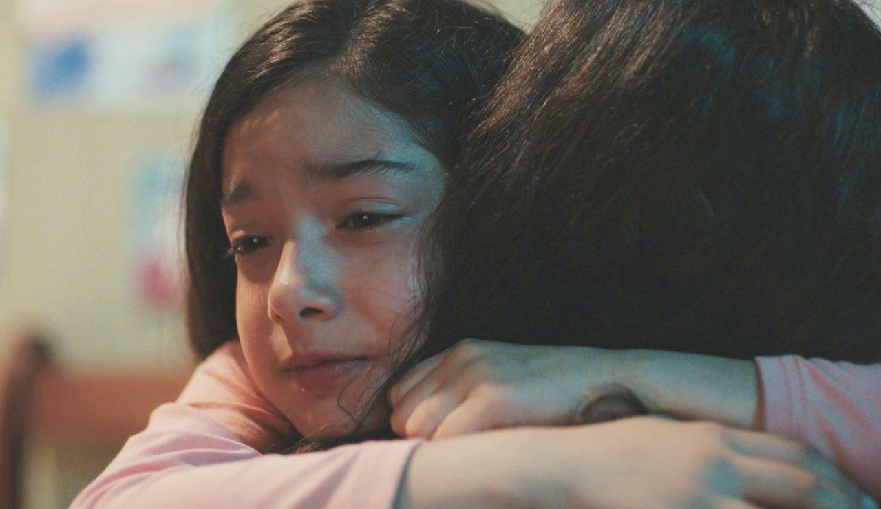 La conmovedora reacción de la pequeña Nisan ante la recaída de Bahar en su enfermedad
