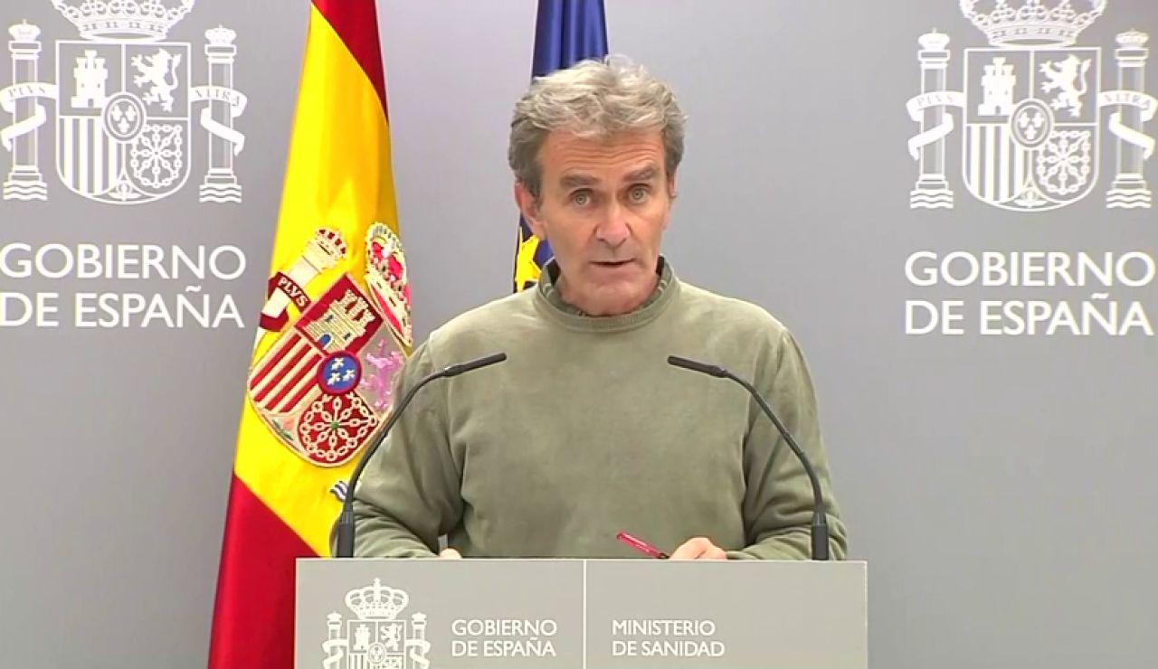 """Fernando Simón no descarta que la situación en las ucis sea """"muy crítica"""" en noviembre"""