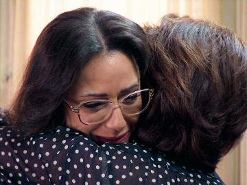 "Cristina, destrozada, se sincera ante su madre: ""Me siento muy sola"""