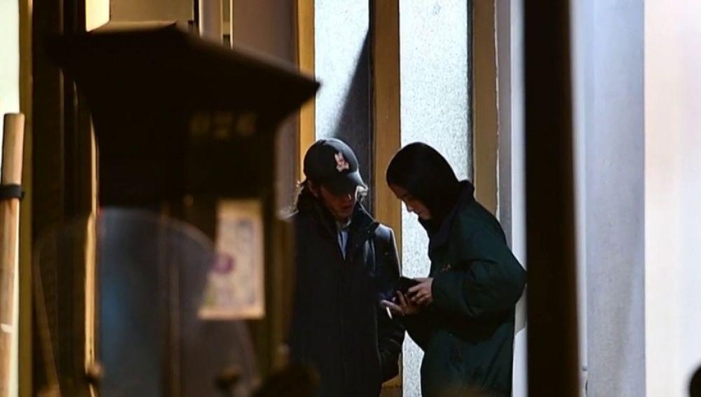 Polémicas imágenes de Victoria Federica fumando con un amigo sin mascarilla ni distancia de seguridad frente al coronavirus