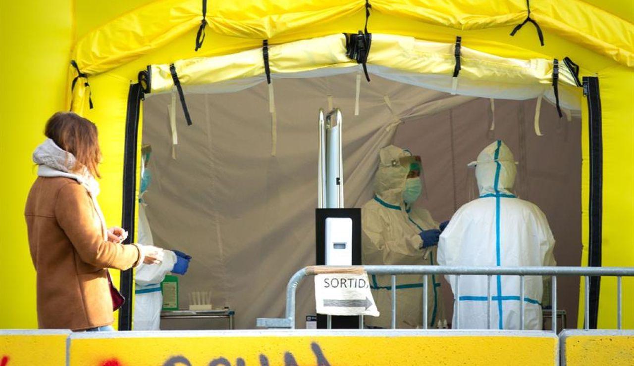 Los epidemiólogos consideran que el confinamiento total es la respuesta más efectiva contra el coronavirus