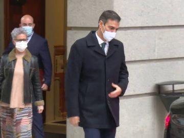 Pedro Sánchez abandona el Congreso tras la intervención del ministro de Sanidad y no asiste al debate del estado alarma