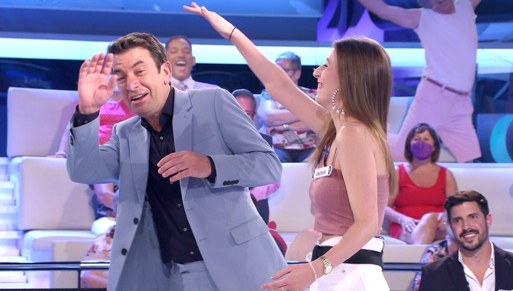 """Arturo Valls, ofendido por una concursante de '¡Ahora caigo!': """"Nadie se lleva chasco, ¡has sido tú!"""""""