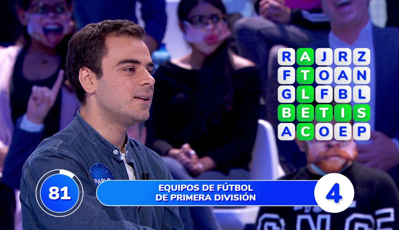 Tres equipos de fútbol de primera división complican la 'Sopa de Letras' de Pablo, Ana Ruiz y Hugo Salazar en 'Pasapalabra'