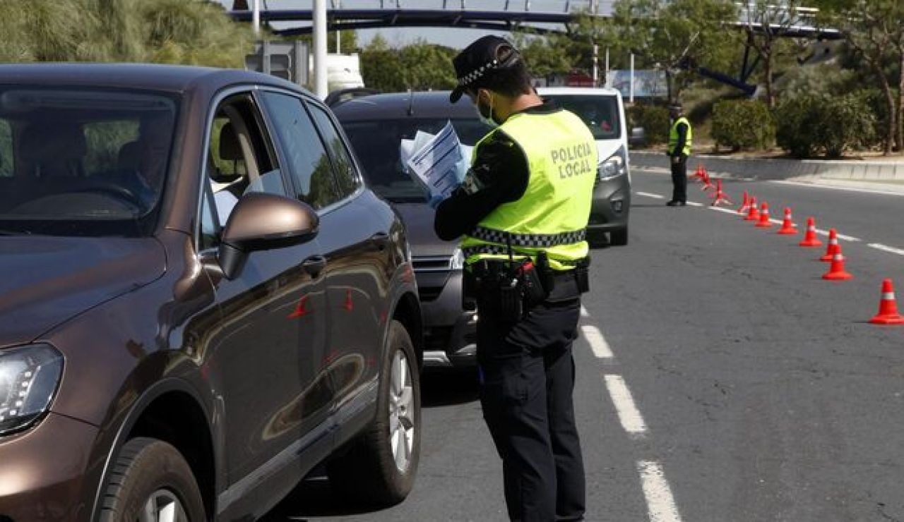 La Policia Local de Punta Umbria incrementa los controles en los accesos al municipio